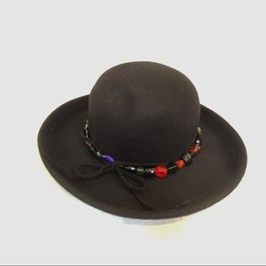 Cappella 100% Wool Black Derby Hat Beads Rim